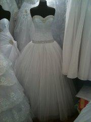 Новое очень красивое свадебное платье
